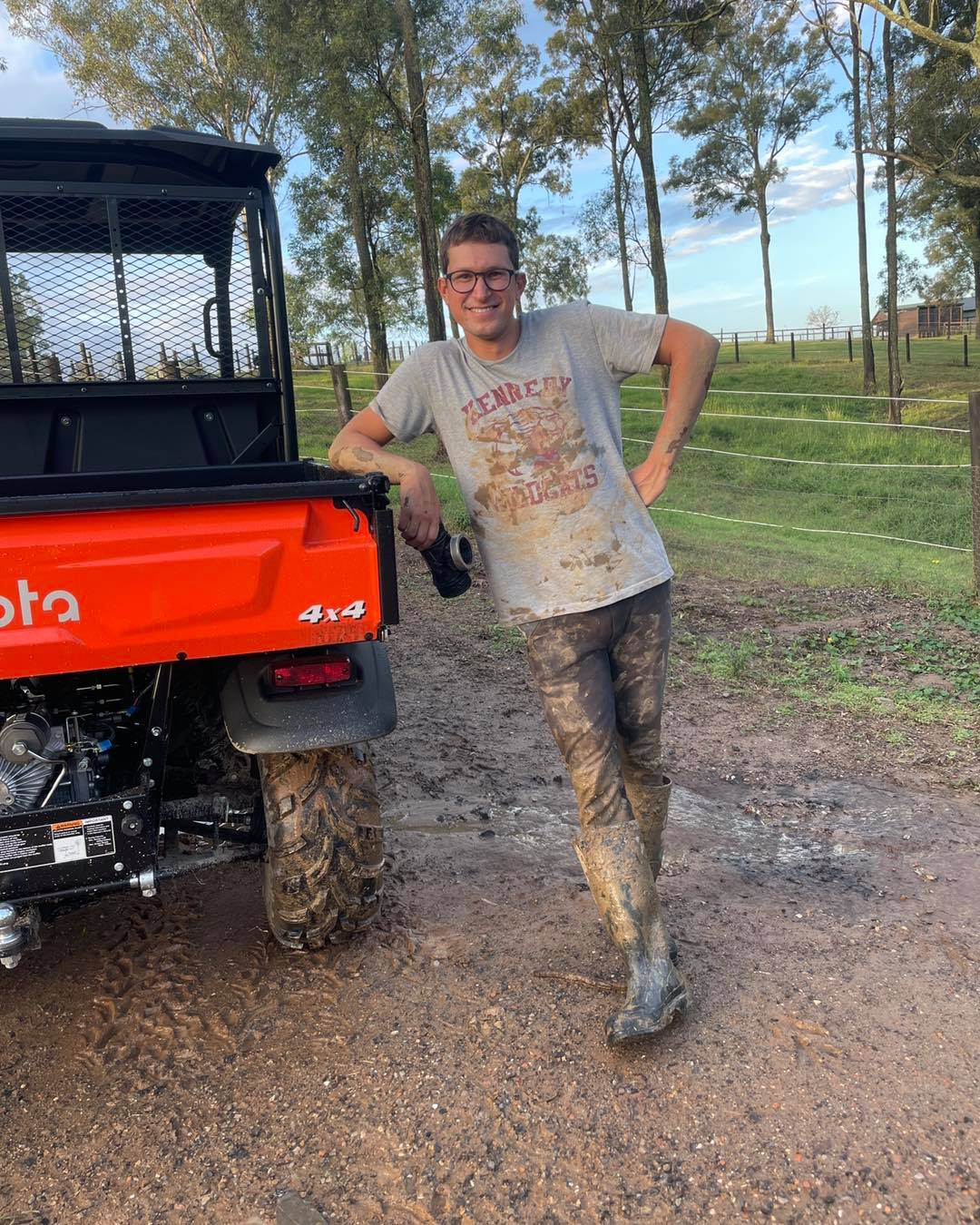 What happened when you have a pipe leak in the middle of the big paddock! Farm - 1620774118 630 What happened when you have a pipe leak in the image